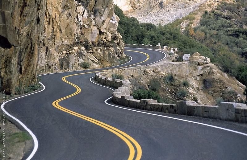 Meglio una strada tortuosa o l'autostrada?
